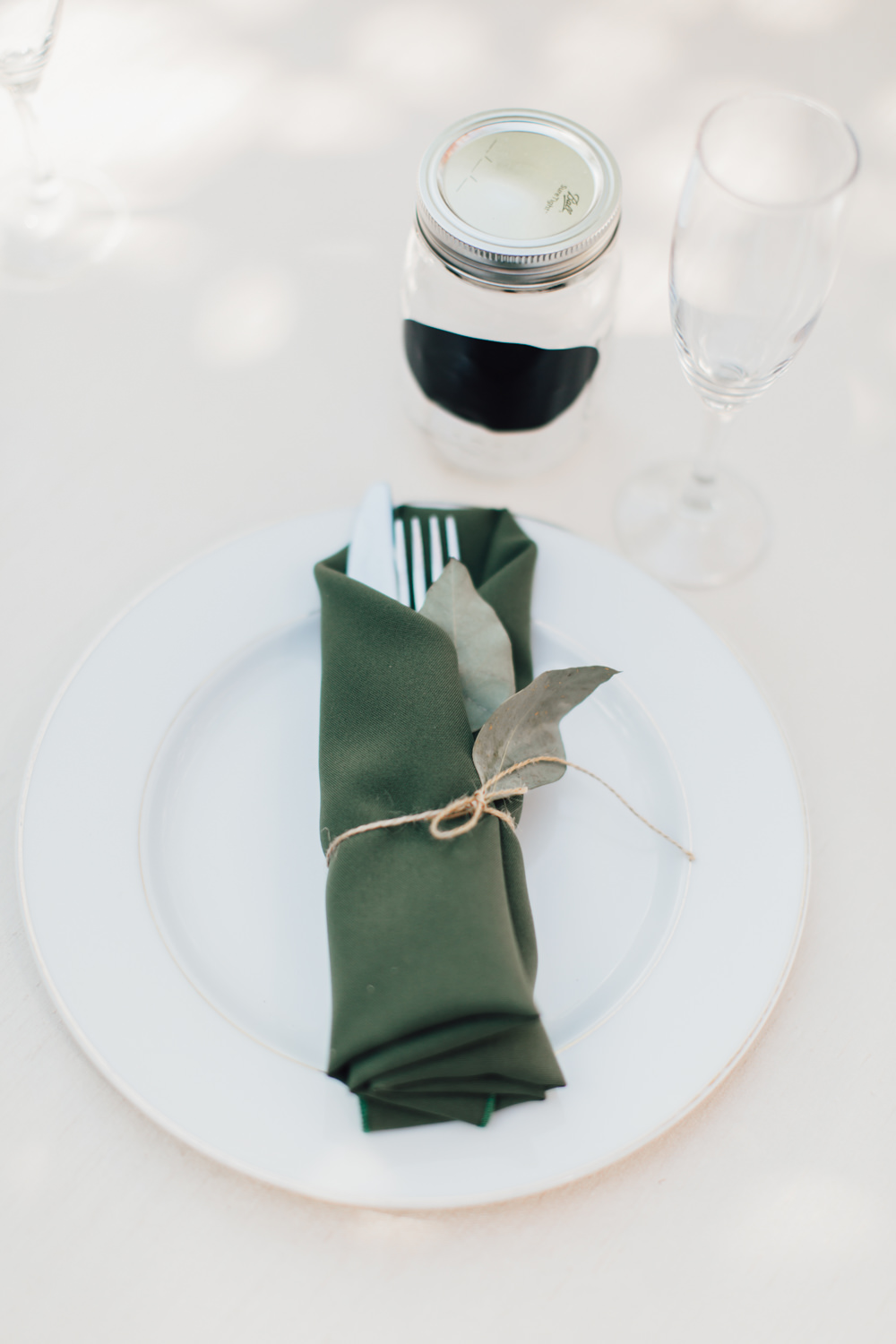 Place Setting Green Napkin Leaf Twine Emotional Outdoor Wedding Laura Memory Photography