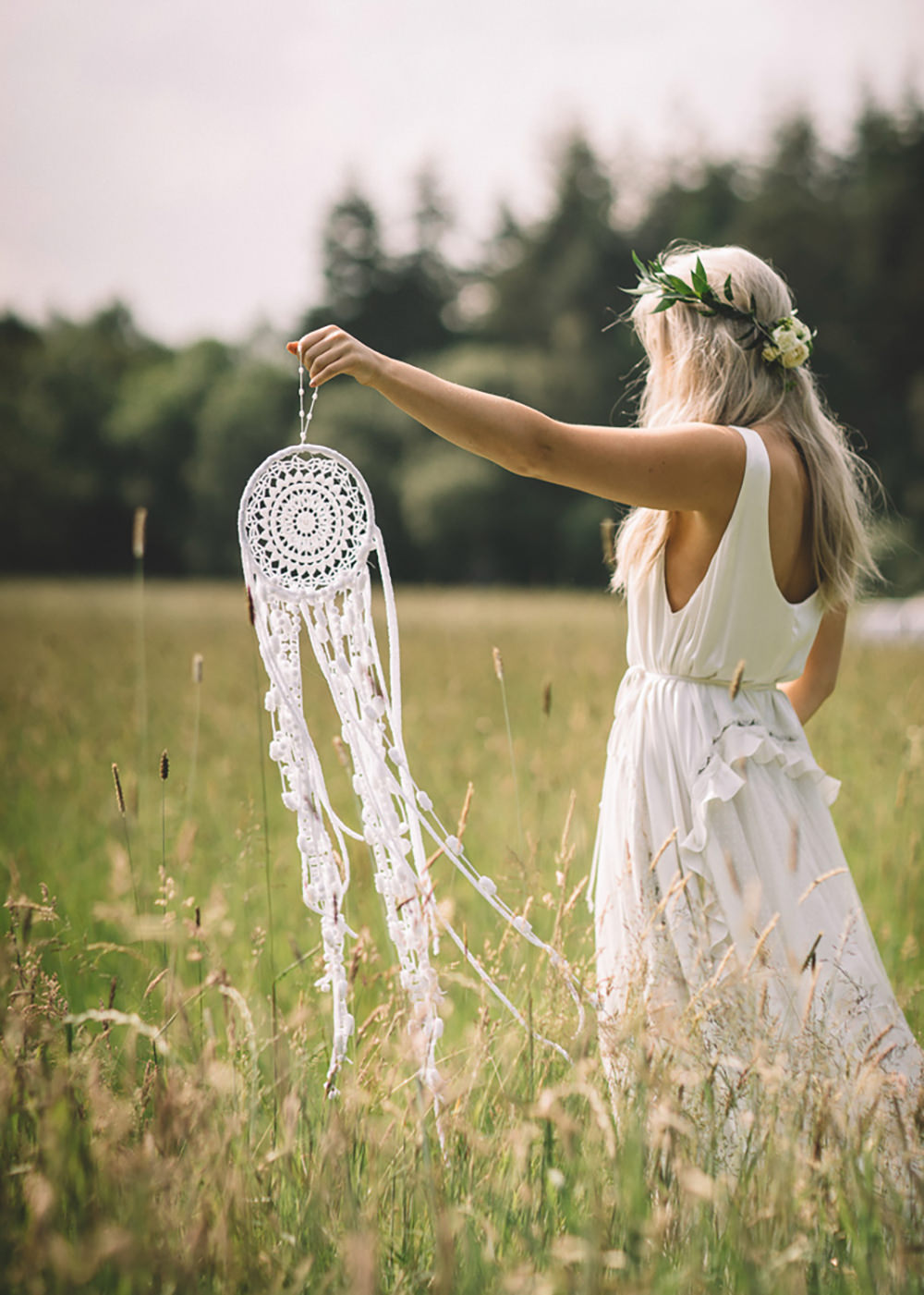Dreamcatcher Bride Bohemian Free Spirited Wedding Ideas Woodland Lumiere Photographic