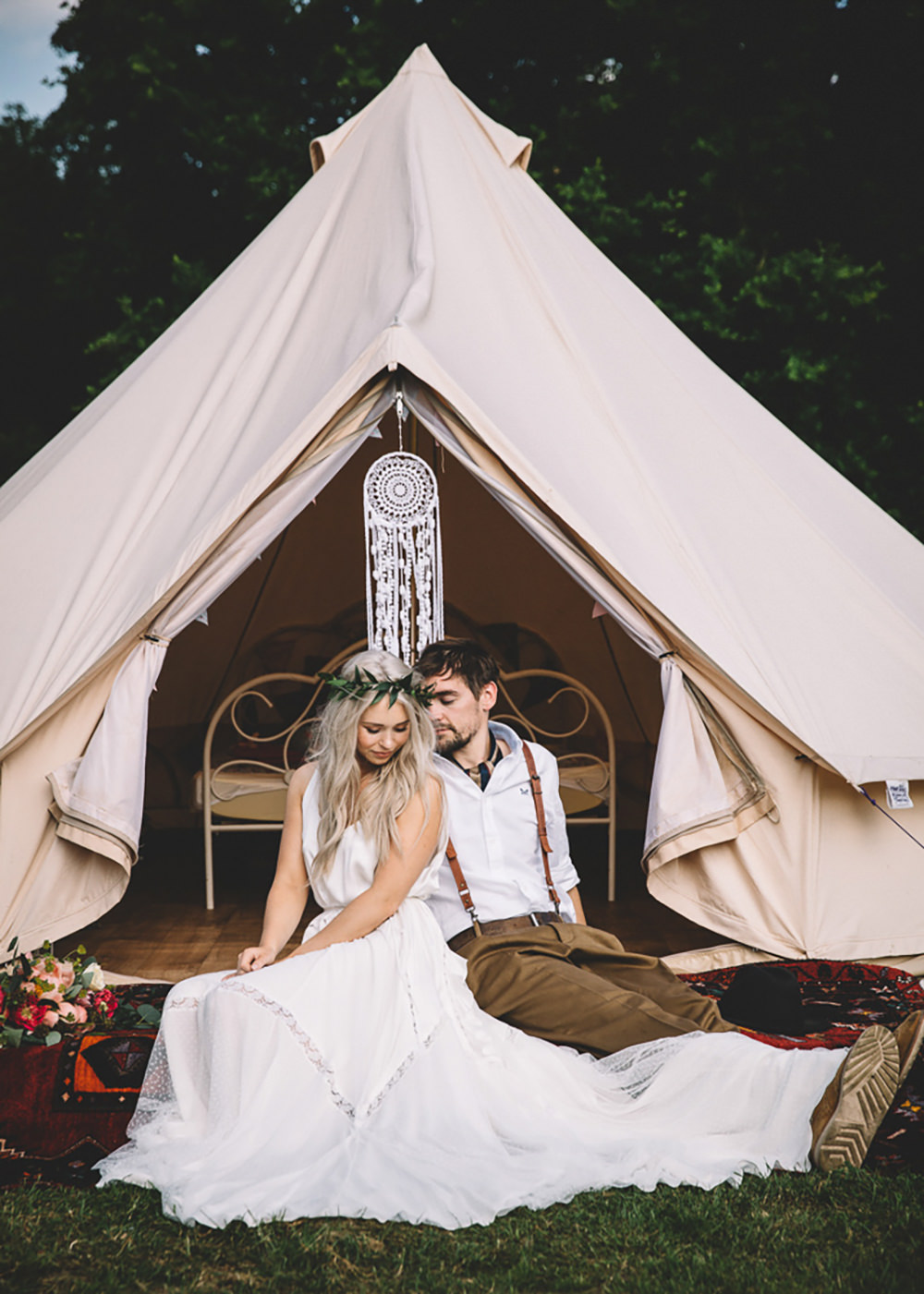 Bell Tents Glamping Bride Groom Free Spirited Wedding Ideas Woodland Lumiere Photographic