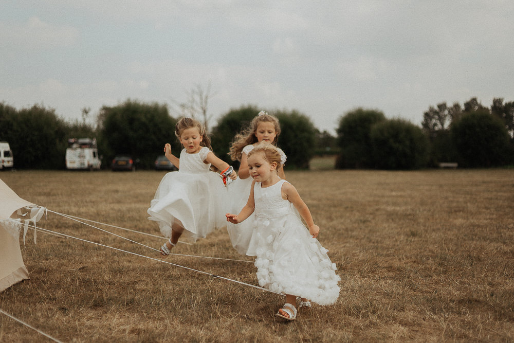 Flower Girls Dresses Riverside Weddings Oxfordshire Yurt Luis Calow Photographer