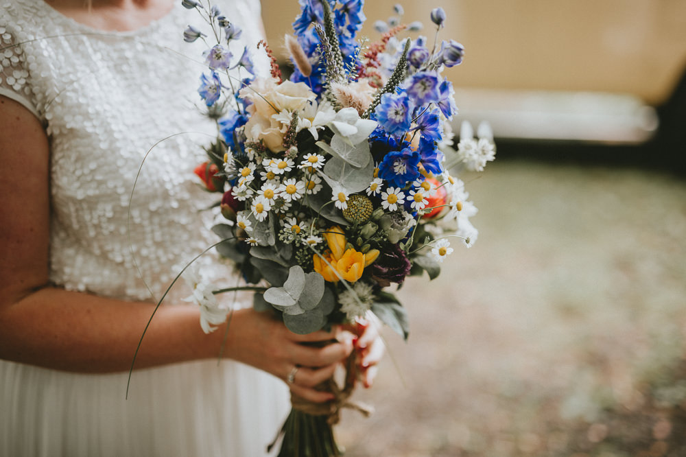 Bouquet Flowers Bride Bridal Natural Wild Daisy Rose Eucalyptus Applewood Wedding Flawless Photography