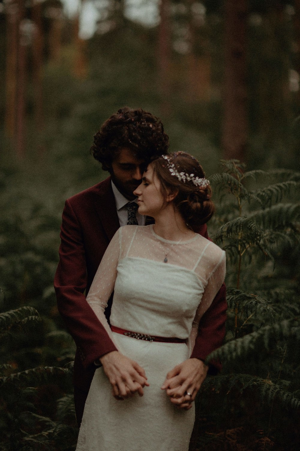 Autumn Dark Red Wedding Belle Art Photography