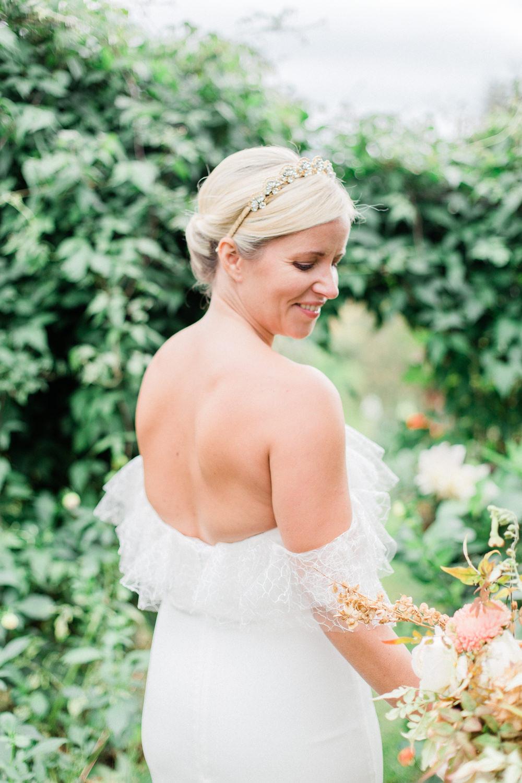 Bride Bridal Hair Style Up Do Accessory Fine Art Farm Wedding Ideas Seyi Rochelle Photography
