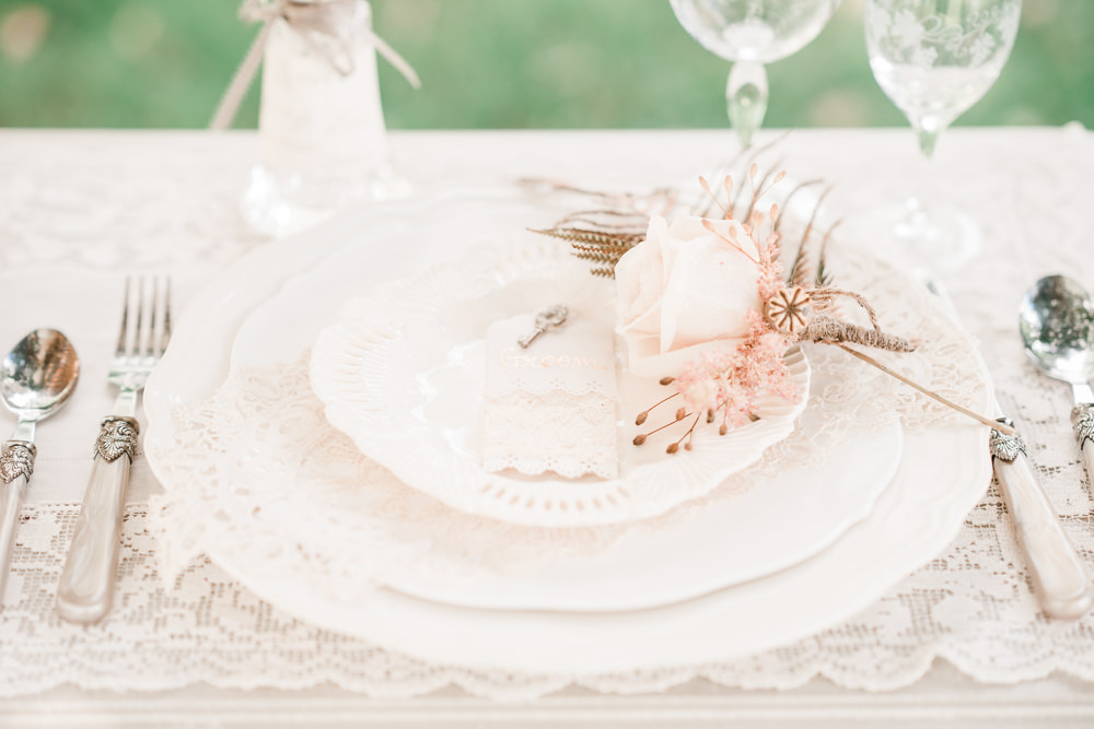 Place Setting Decor Plate Rose Pale Pink Lace Pretty Golden Autumnal Wedding Ideas Joanna Briggs Photography