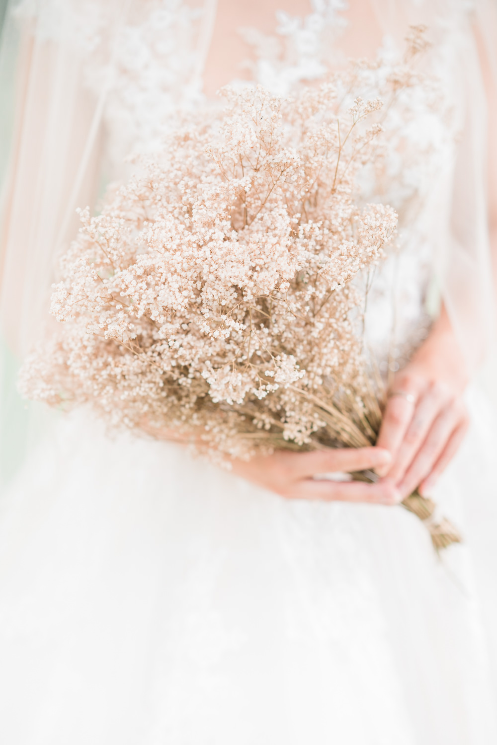 Bouquet Flowers Bride Bridal Dried Seed Grass Golden Autumnal Wedding Ideas Joanna Briggs Photography
