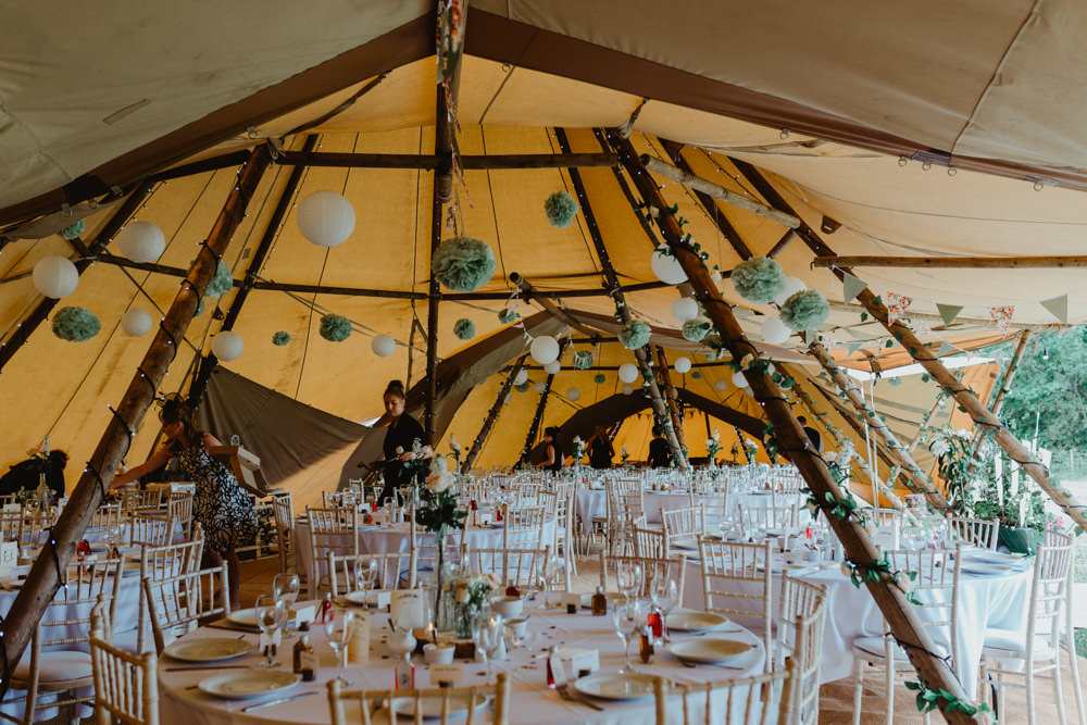 Tipi Paper Pom Poms Bunting Hobbit Hill Wedding Stevie Jay Photography