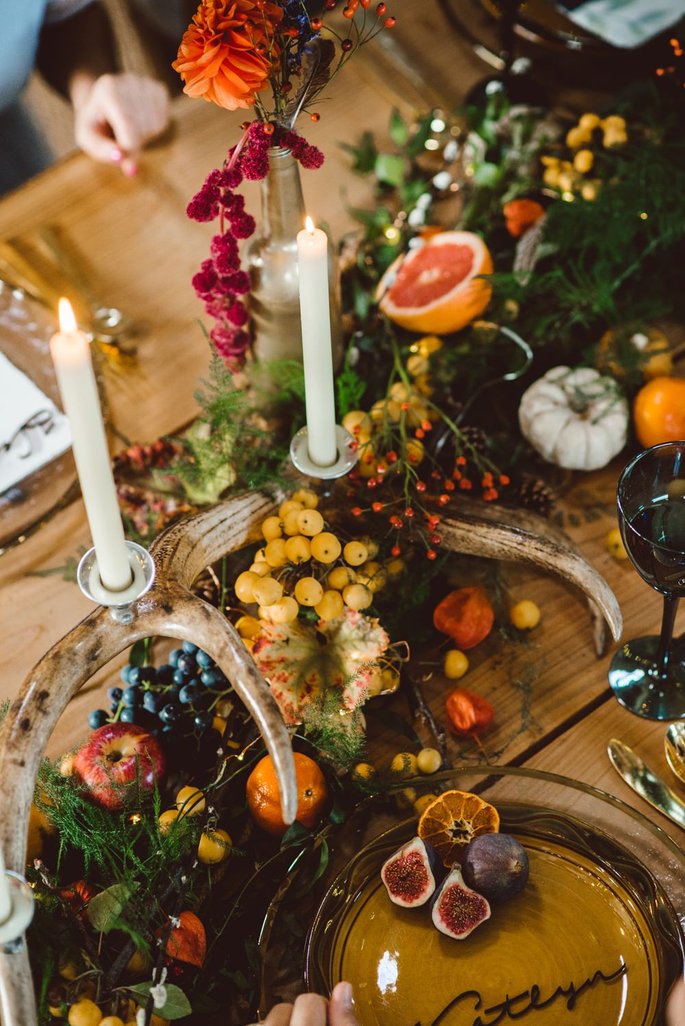 Tablescape Deor Flowers Bottles Fruit Candles Antlers Table Rustic Christmas Wedding Ideas Dhw Photography