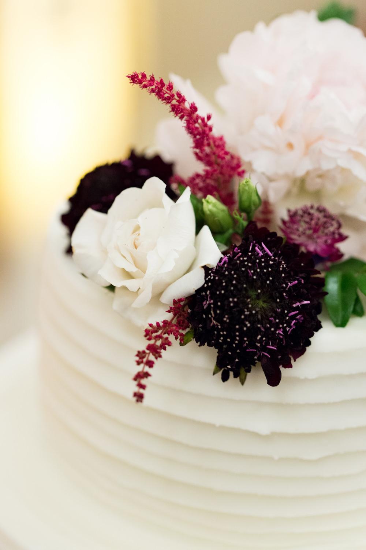Cake Flowers Decor Stotesbury Mansion Wedding Mariya Stecklair Photography