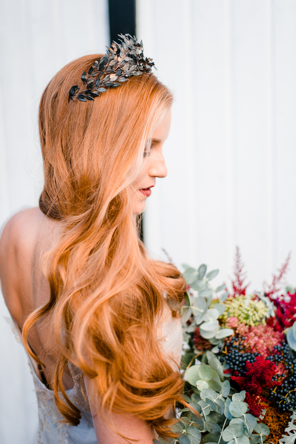 Hair Bride Bridal Loose Waves Style Curls Tiara Accessory Autumnal Fairytale Wedding Ideas Miriam Peuser Photography