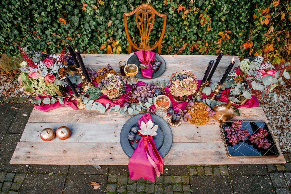 Table Tablescape Decor Decoration Fruit Flowers Candles Autumn Autumnal Fairytale Wedding Ideas Miriam Peuser Photography