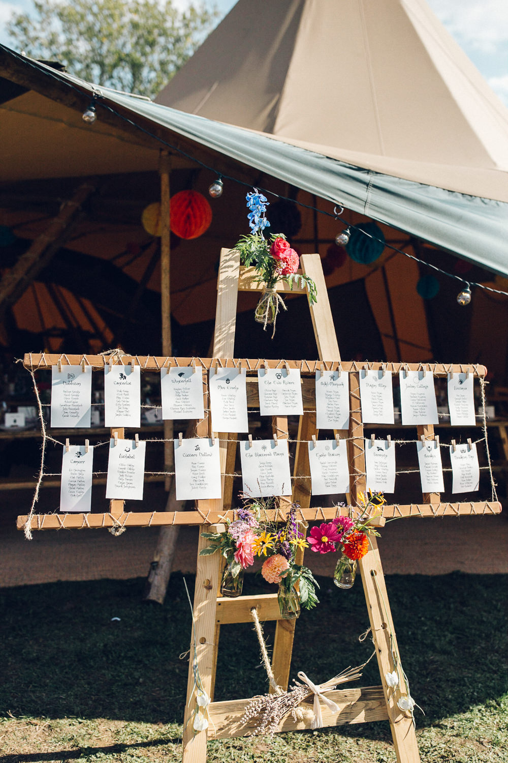 Seating Plan Table Chart Easel Pegs Twine Bright Camp Festival Wedding Chloe Lee Photography