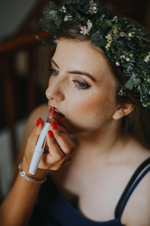Bride Bridal Make Up Beauty Shiningford Manor Wedding Magda K Photography