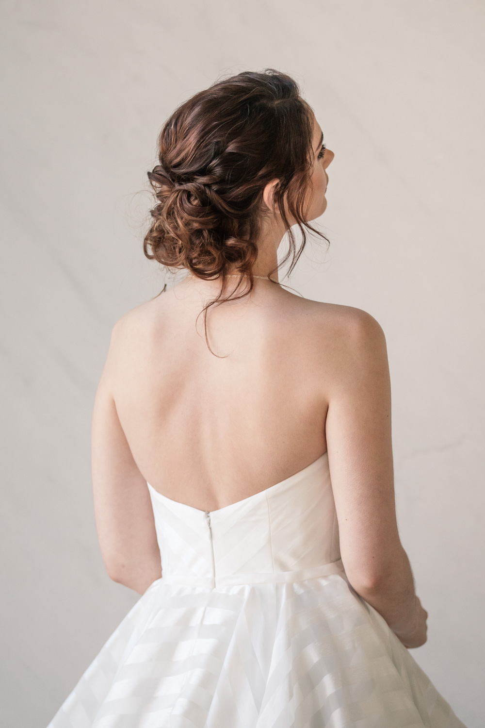 Hair Style Up Do Bride Bridal Winter Luxe Wedding Ideas Becky Harley Photography