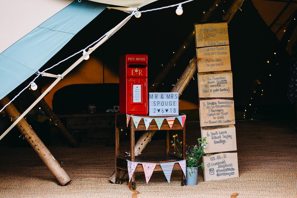 Post Box Card Box Bawdon Lodge Farm Wedding Hannah Hall Photography