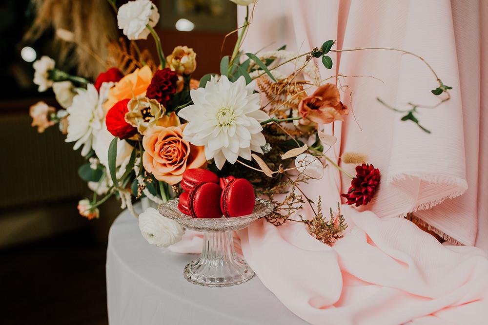 Flowers Floral Arrangement Dahlia Rose Bohemian Music Folk Wedding Ideas Gail Secker Photography