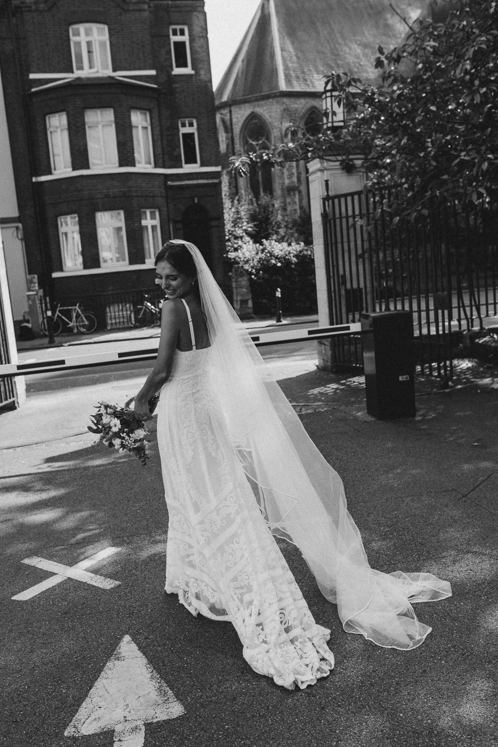 Dress Gown Bride Bridal Veil Grace Loves Lace Straps Train Clapton Country Club Wedding Curious Rose Photography