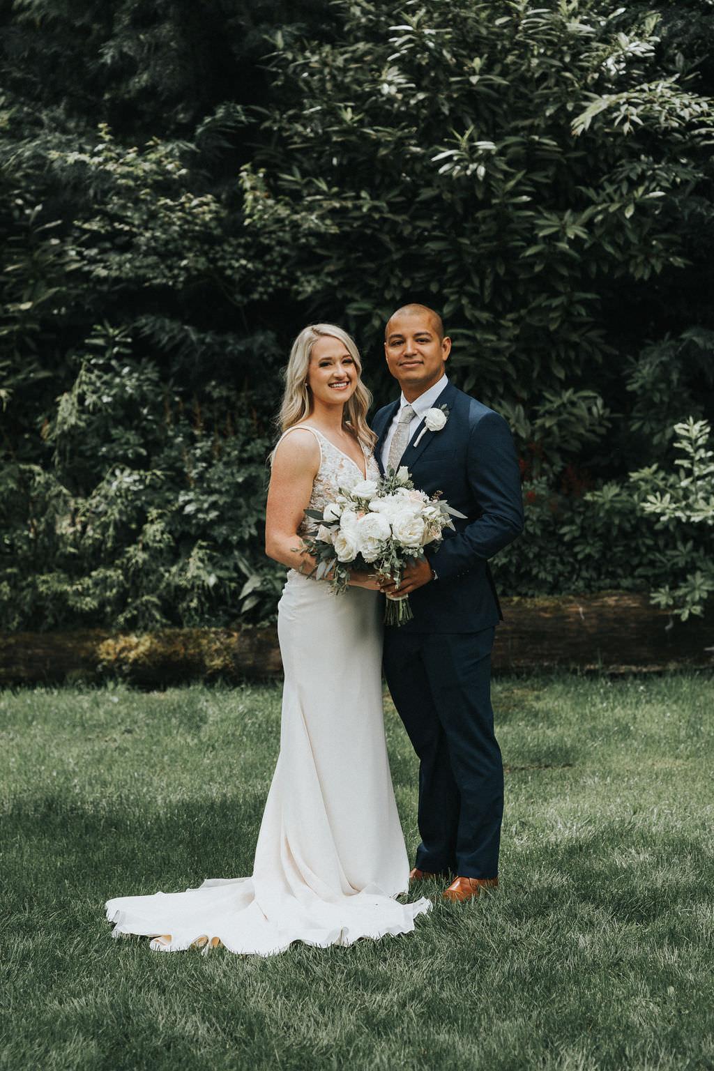 Beautiful Garden Wedding Ideas: Romantic & Beautiful Gardens & Greenhouse Wedding In