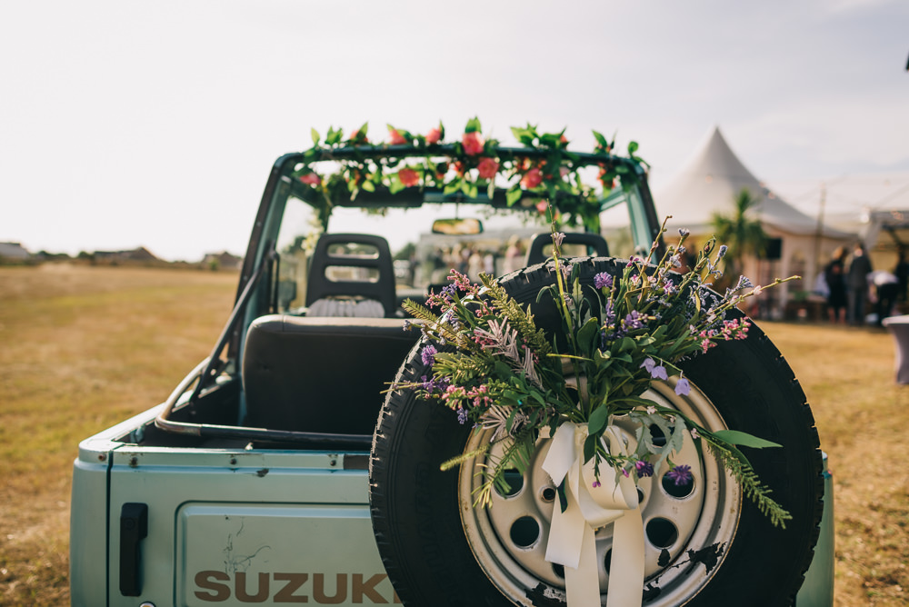 Wedding Transport Jeep Floral Foliage Ribbon Jersey Beach Wedding Peakography