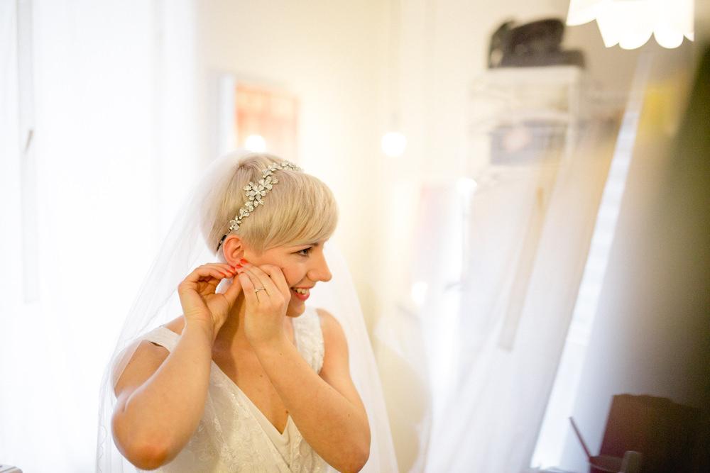Bride Bridal V Neck Belt Veil Floral Head Band Blue Victoria Baths Wedding Mark Newton Weddings