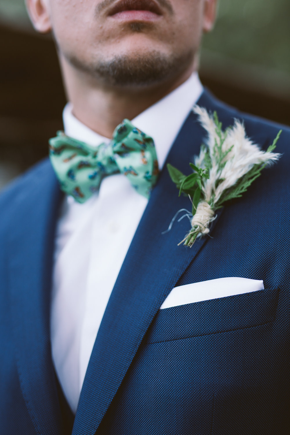 Groom Navy Suit Bow Tie Buttonhole Flowers Botanical Dark Green Velvet Pampas Grass Wedding Ideas Bárbara Araújo Photography
