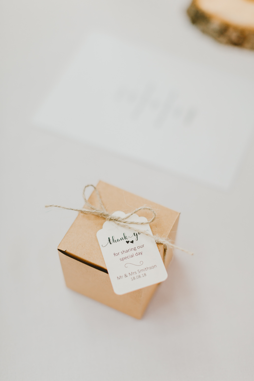 Favour Box Luggage Tag Twine GG's Yard Wedding Amy Lou Photography