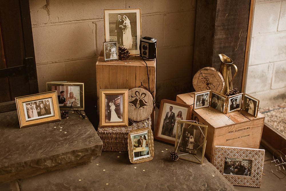 Family Photo Photographs Table Gate Street Barn Wedding The Springles