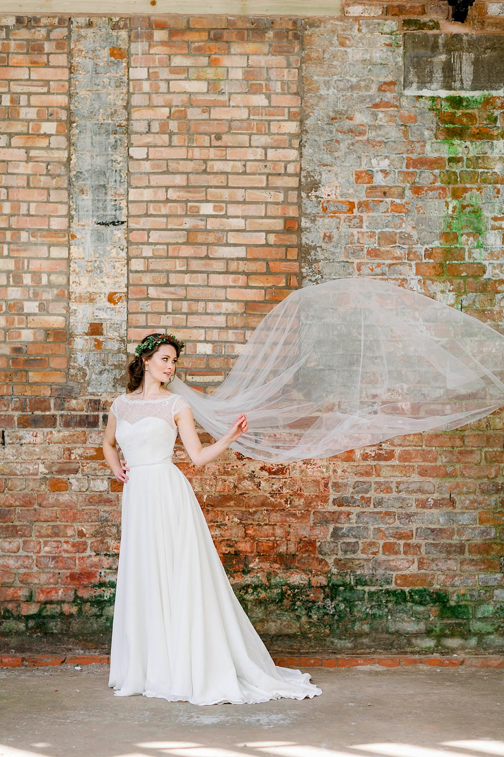 Bride Bridal Veil Natural Boho Industrial Wedding Ideas Jo Bradbury Photography