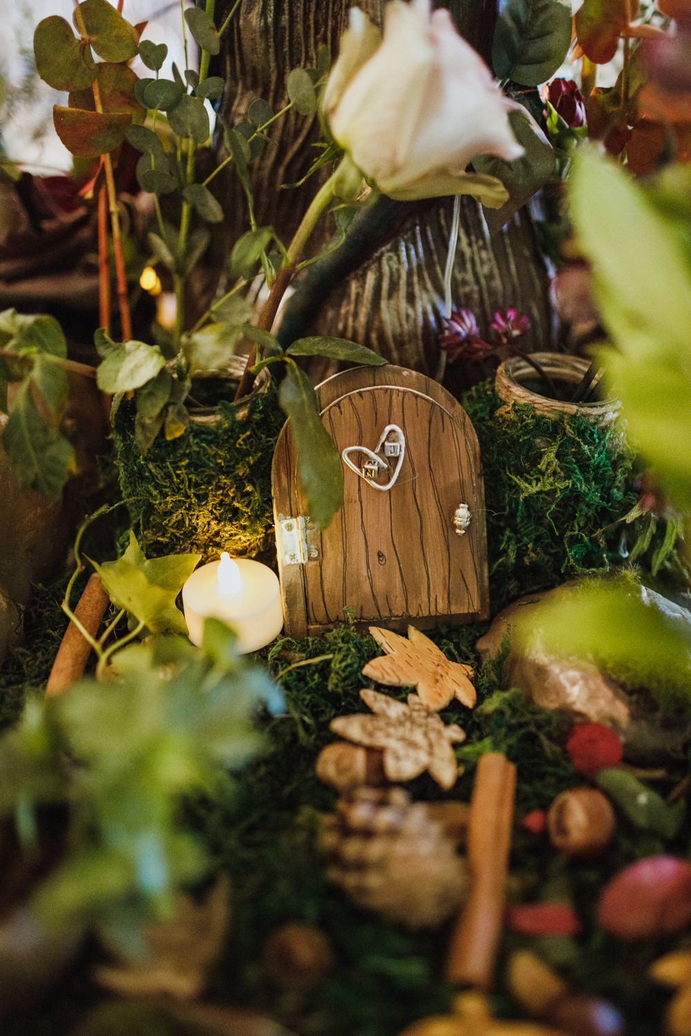 Centrepiece Decor Greenery Foliage Autumn Autumnal Door Ox Pasture Hall Wedding Photography34