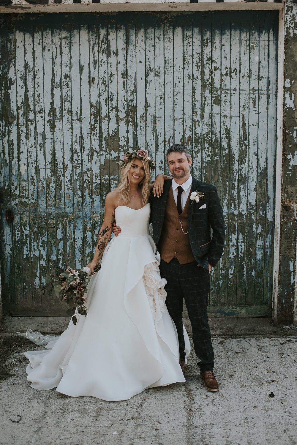 f5e91a7cbb4 The Millhouse Ireland Wedding Super Cool Loved Up   Chilled Out ...