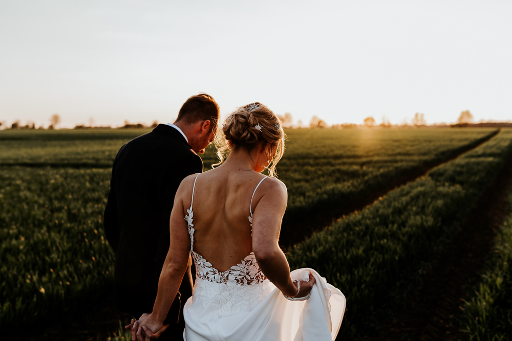 Contemporary Barn Wedding Ryan Goold Photography
