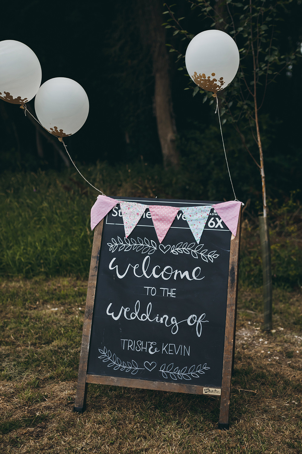 Chalk Board Welcome Sign Calligraphy Bunting Balloons Kingsettle Stud Wedding Mark Tattersall Photography