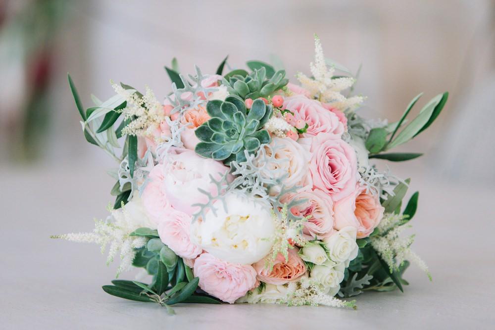 Bride Bridal Bouquet Pink Coral Pink Peach Peony Succulent Saint Tropez Wedding Sophie Boulet Photographe