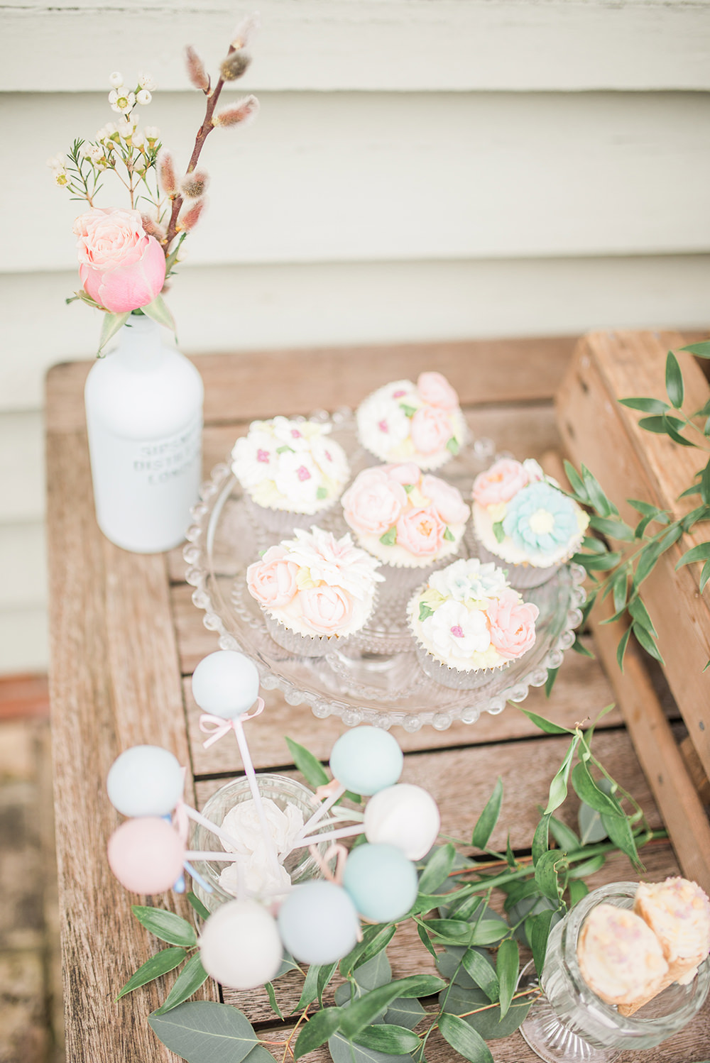 Cake Pops Springtime Bridal Shower Ideas Hen Party Laura Jane Photography