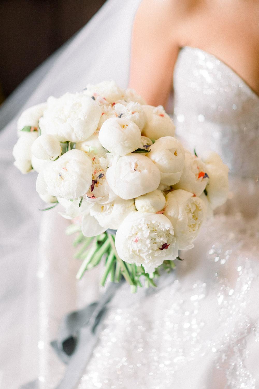 Bride Bridal Peony Bouquet White Aynhoe Park Wedding Sanshine Photography