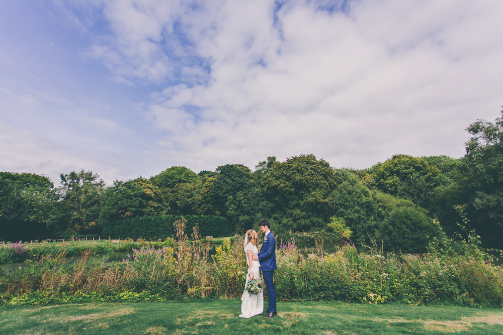 High Billinghurst Farm Wedding Larissa Joice Photography