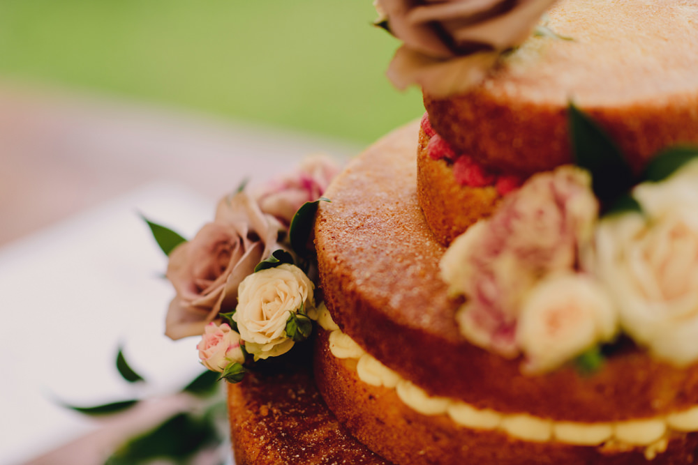 Naked Cake Victoria Sponge Layer Flowers Romantic Elegant Wedding MIKI Studios