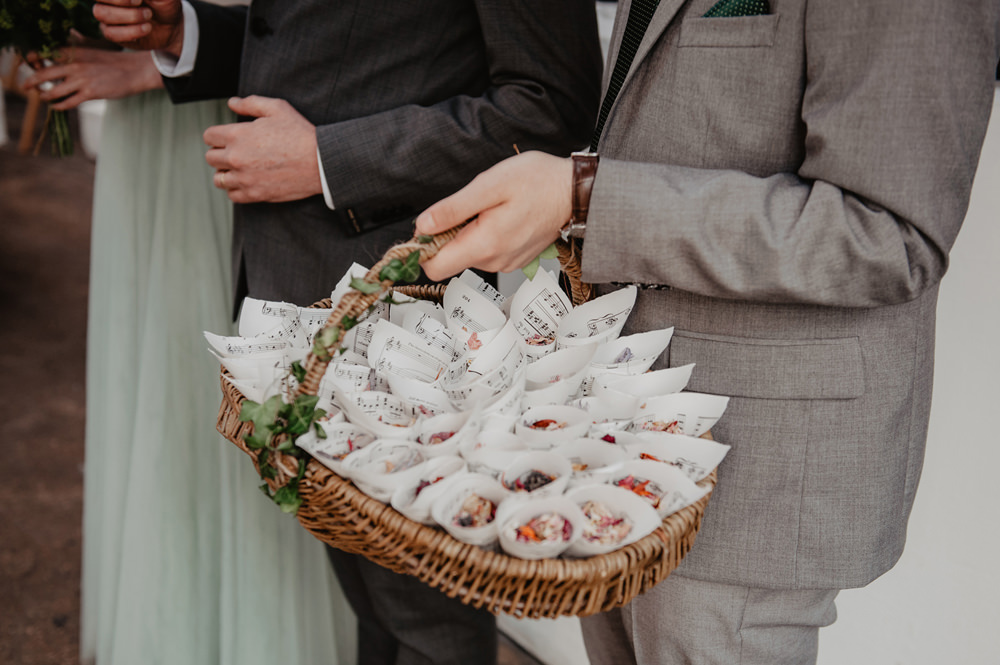 Confetti Cones Basket Stour Space Wedding Anne Schwarz Photography