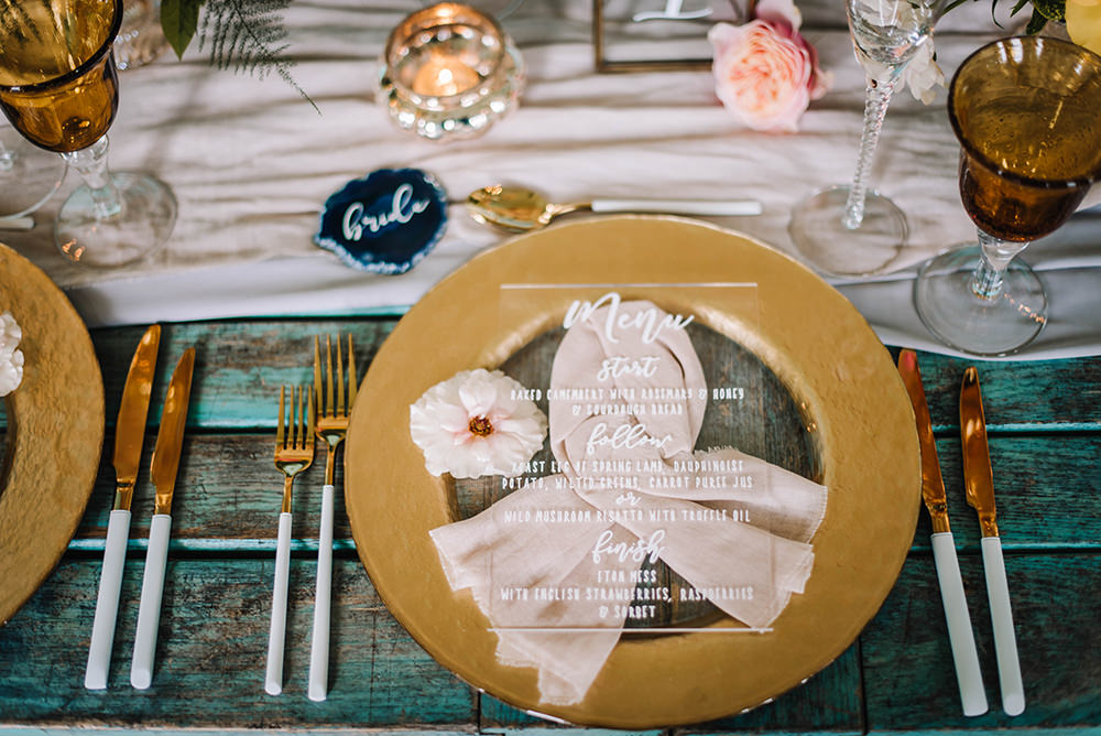 Table Menu Place Setting Agate Name Tag Clear Perspex Acrylic Glass Calligraphy Coral Floral Wedding Ideas Birgitta Zoutman Photography