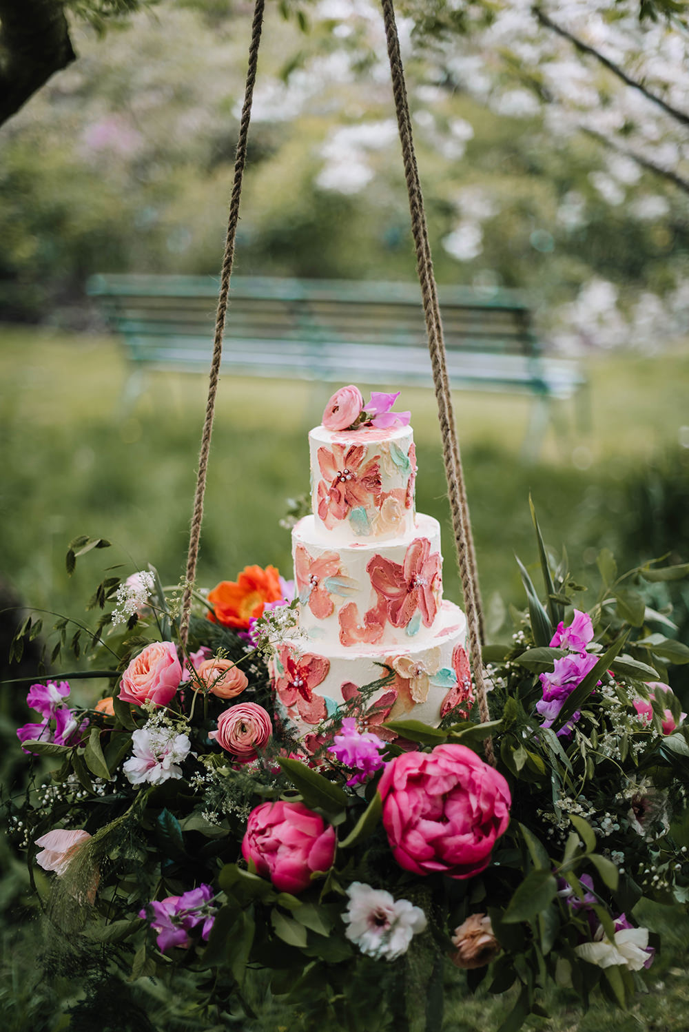 Brush Stroke Palette Artistic Cake Table Suspended Hanging Swing Flowers Grenery Pink Coral Floral Wedding Ideas Birgitta Zoutman Photography