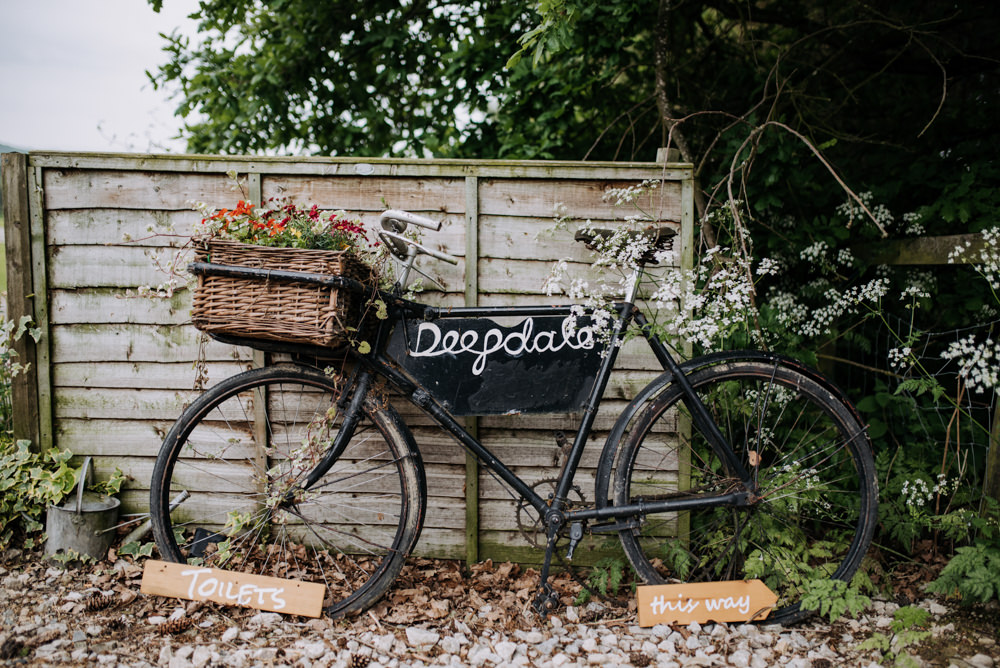 Bicycle Bike Flowers Basket Deepdale Farm Wedding Kazooieloki Photography