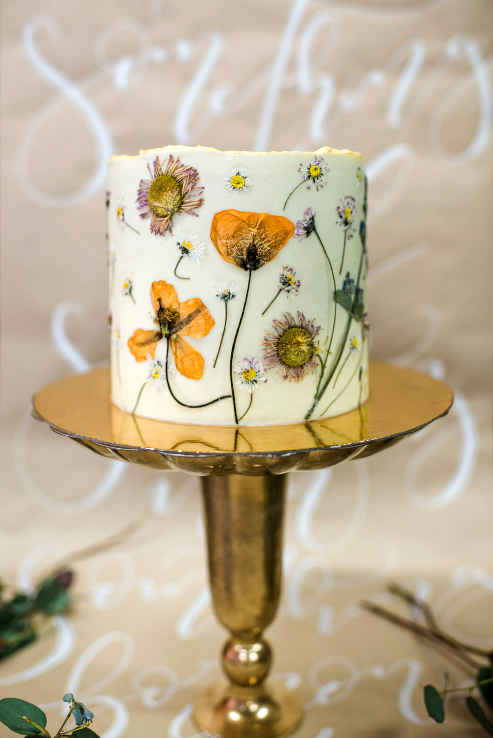 Cake Flowers Floral Petal Edible Pressed Flowers Indie Wedding Ideas Kat Antos-Lewis Photography