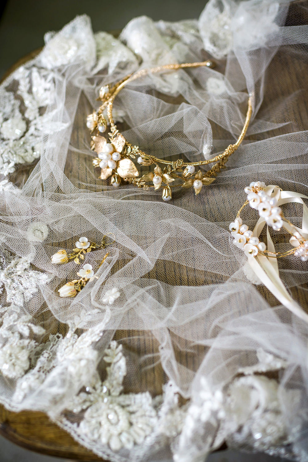 Bride Bridal Accessories Veil Indie Wedding Ideas Kat Antos-Lewis Photography
