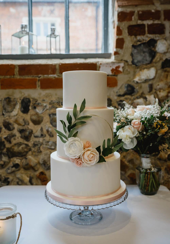 Cake Sugar Flowers Greenery Foliage Blush Oxnead Hall Wedding Luis Holden Photography