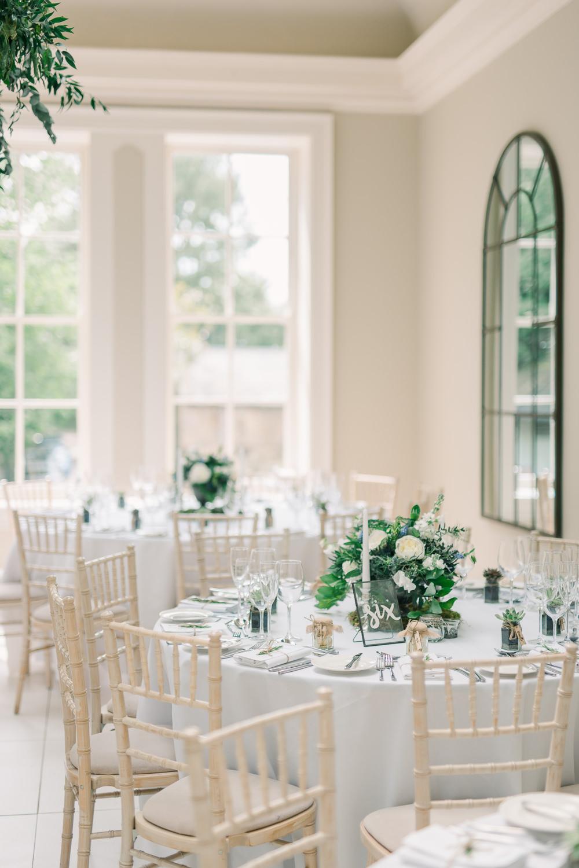 Round Tables Simple Chic Decor Decoration Saltmarshe Hall Wedding Jessica Davies Photography