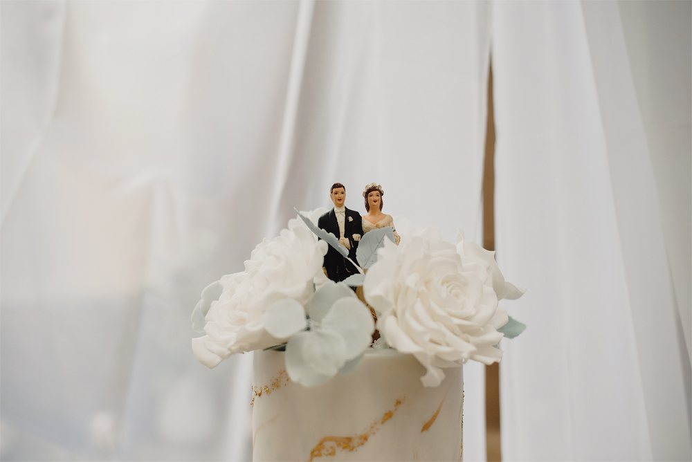 Bride Groom Cake Topper Cambo Estate Wedding Anna Urban Wedding Photography