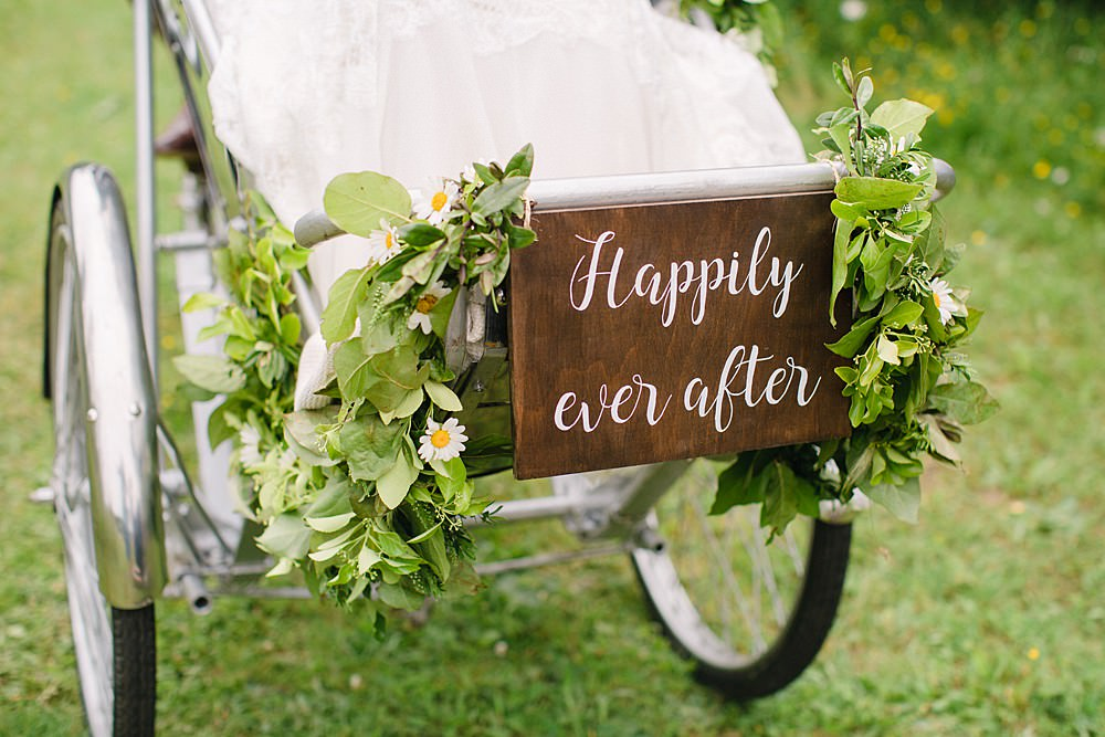 Bicycle Transport Rickshaw Sign Signage Signs Pet Wedding Ideas Vicky Plum Photography