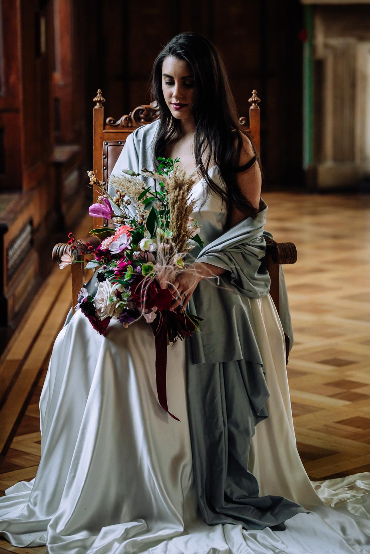 Bride Bridal Shawl Dutch Art Wedding Ideas Berni Palumbo Photography
