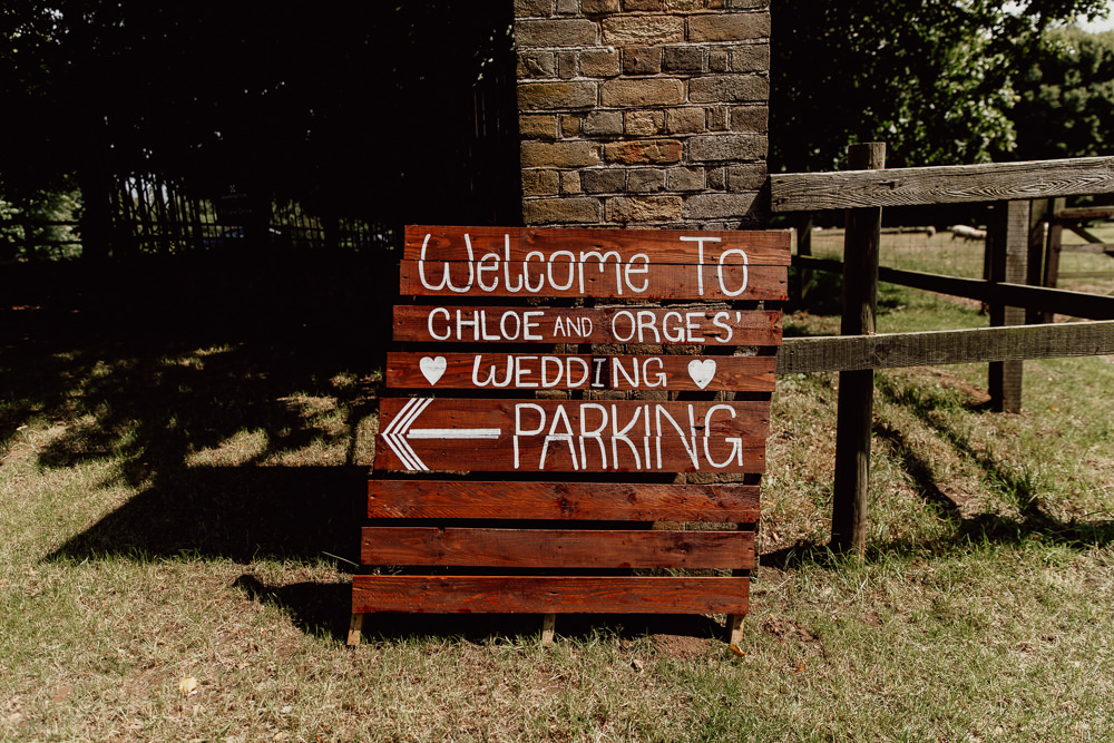 Wooden Pallet Sign Signage Signs Welcome Mannington Gardens Wedding Cara Zagni Photography