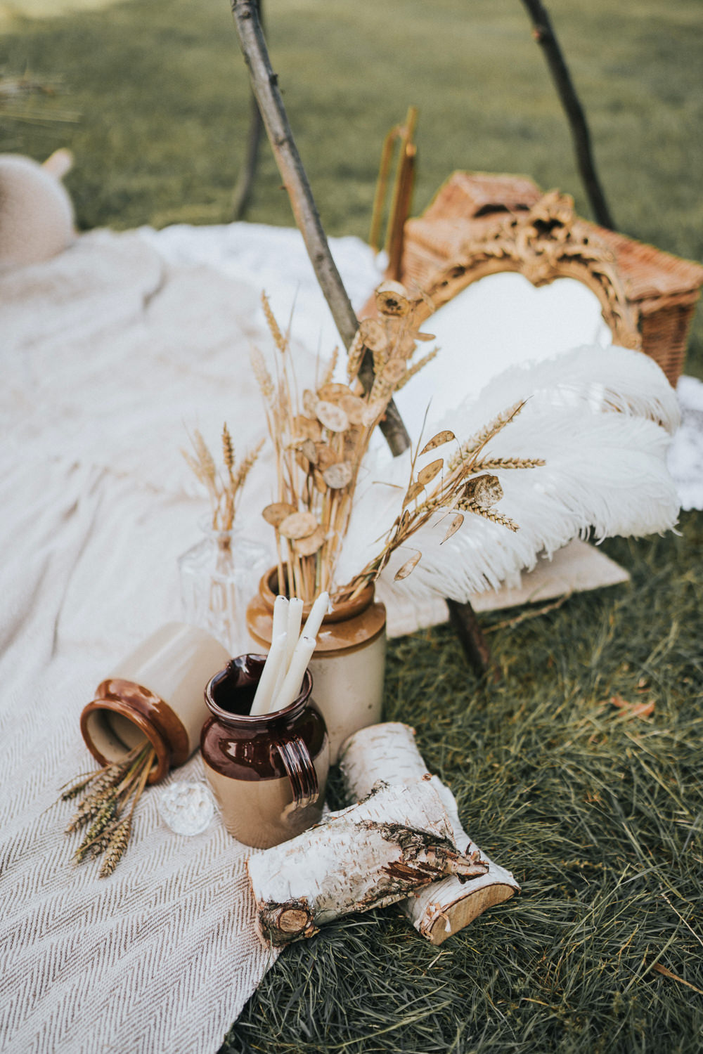 Pampas Grass Rugs Decor Grasses Wheat Naked Tipi Wedding Ideas Holly Rose Stones