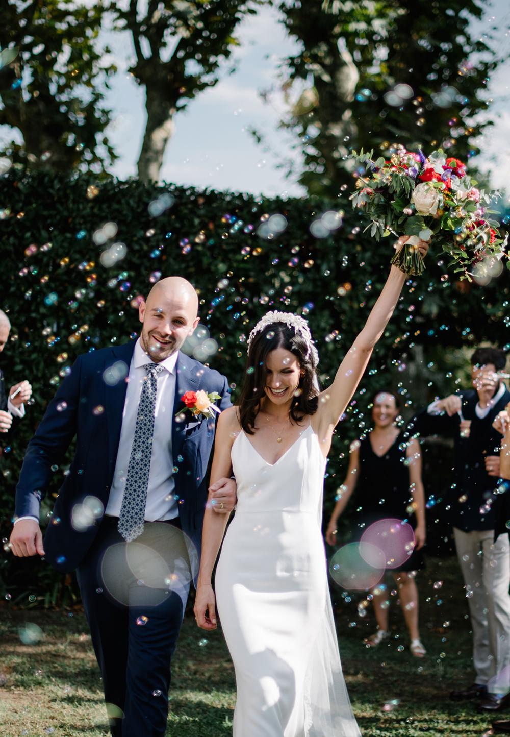 Confetti Bubbles Tuscany Wedding Lelia Scarfiotti